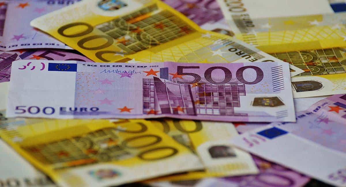Kaj je denarni trg?